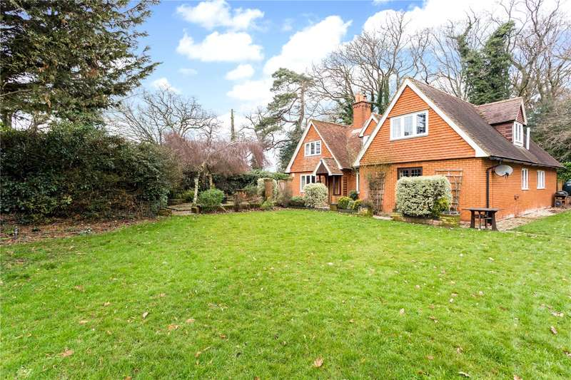 4 Bedrooms Detached House for sale in Lyde Green, Rotherwick, Hook, RG27