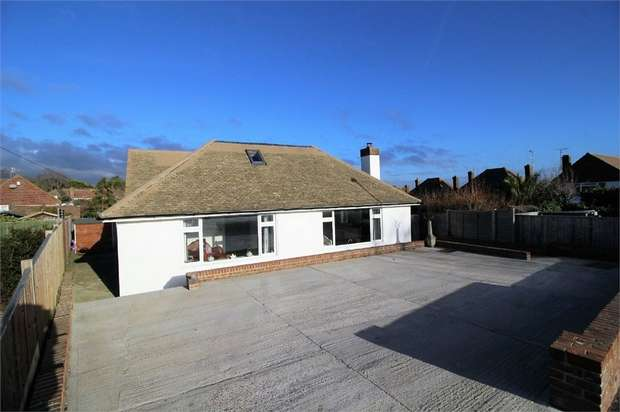 5 Bedrooms Detached Bungalow for sale in Friston Avenue, Eastbourne, East Sussex
