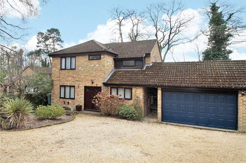 4 Bedrooms Detached House for sale in Forest End Road, Sandhurst, Berkshire, GU47