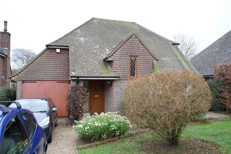 3 Bedrooms Detached House for sale in The Grove, Ratton, Eastbourne, BN20
