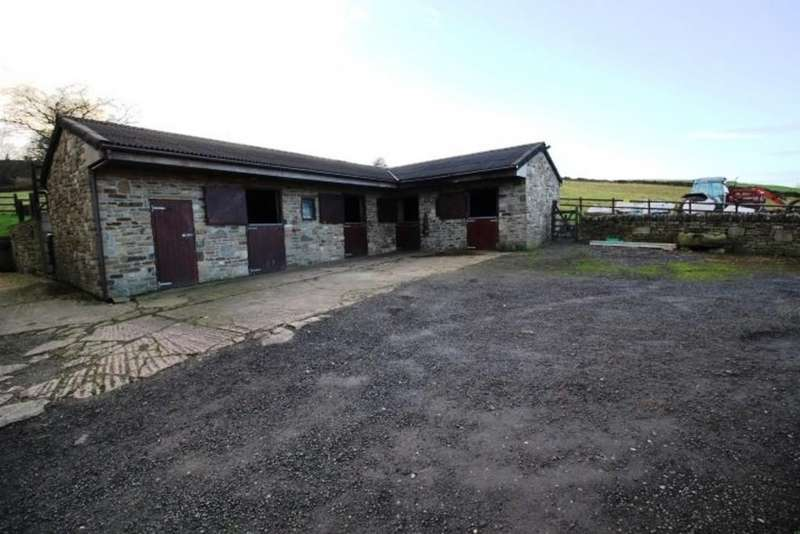 4 Bedrooms Equestrian Facility Character Property for sale in Whitfield Barn Farm, Cross Cliffe