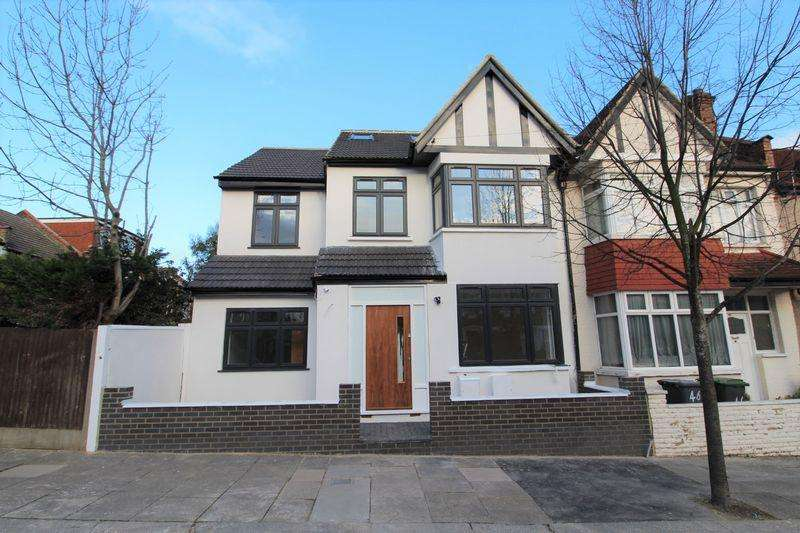 4 Bedrooms Terraced House for sale in Leith Road, Wood Green, N22