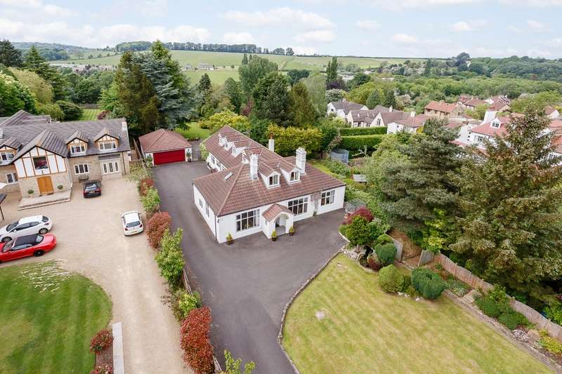5 Bedrooms Detached House for sale in Harewood Road, Collingham, LS22