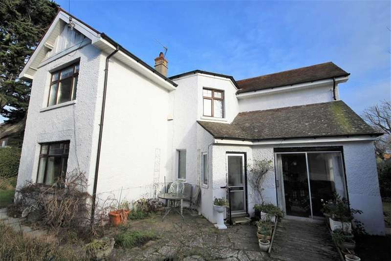 5 Bedrooms Detached House for sale in Rodwell Road, Weymouth