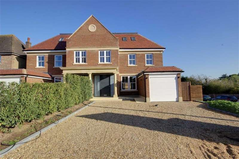5 Bedrooms Semi Detached House for sale in Mymms Drive, Brookmans Park, Hertfordshire