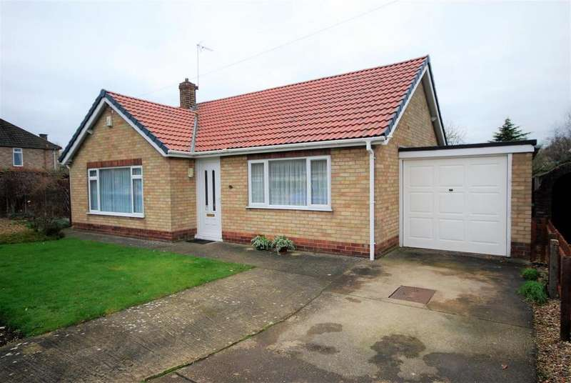 3 Bedrooms Detached Bungalow for sale in Sherwood Drive, Spalding