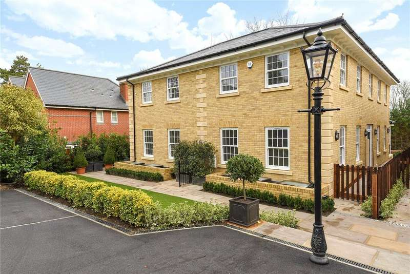 3 Bedrooms Semi Detached House for sale in Chilbolton Avenue, Winchester, Hampshire, SO22