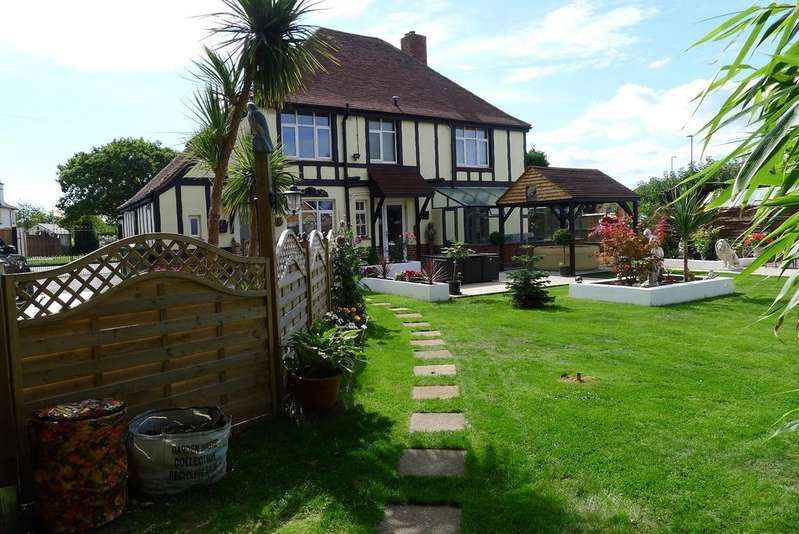 5 Bedrooms Detached House for sale in THE AVENUE, FAREHAM