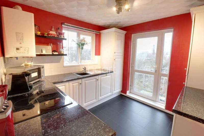 2 Bedrooms Flat for sale in Hoe Street, Plymouth