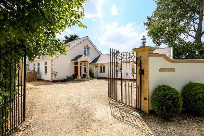 5 Bedrooms Detached House for sale in Gibbet Lane, Bristol, BS14