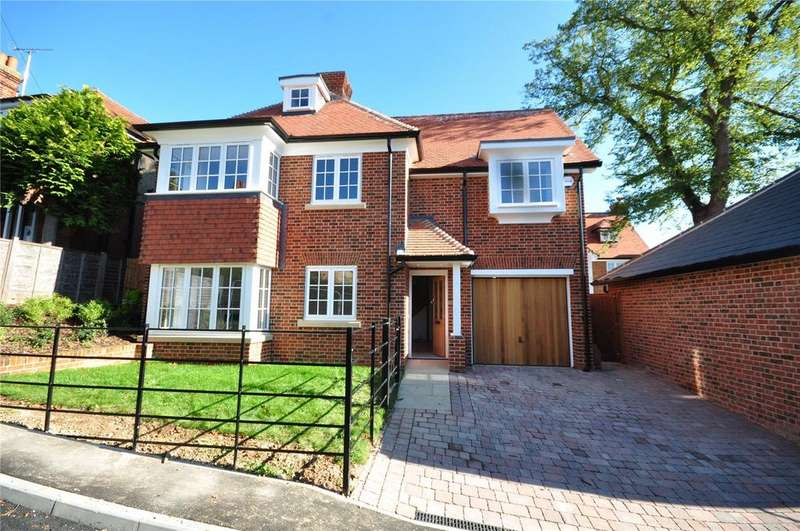 4 Bedrooms Detached House for sale in Wallen Park, Springhall Road, Sawbridgeworth, Hertfordshire, CM21