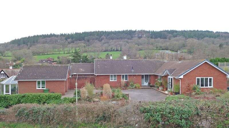 3 Bedrooms Property for sale in Convent Road, Sidmouth
