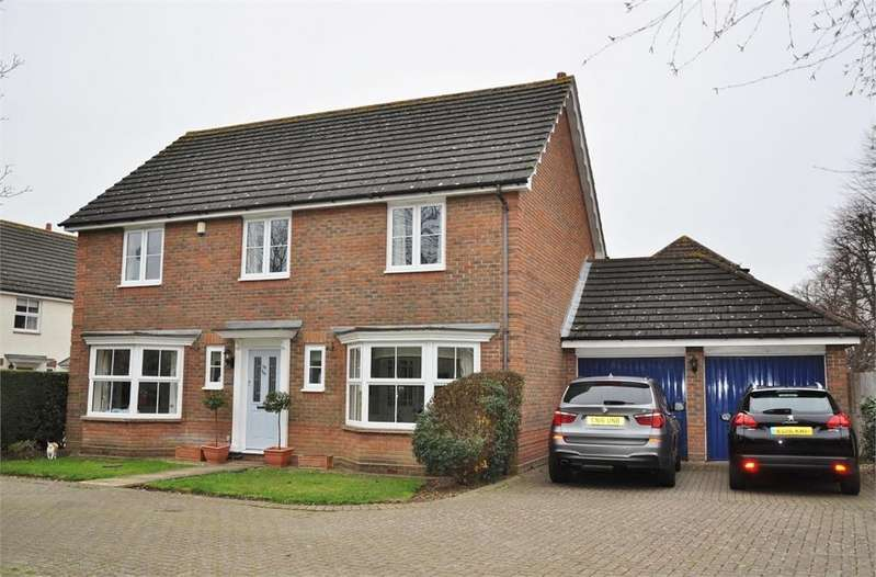 4 Bedrooms Detached House for sale in Richardson Place, Chelmsford, Essex