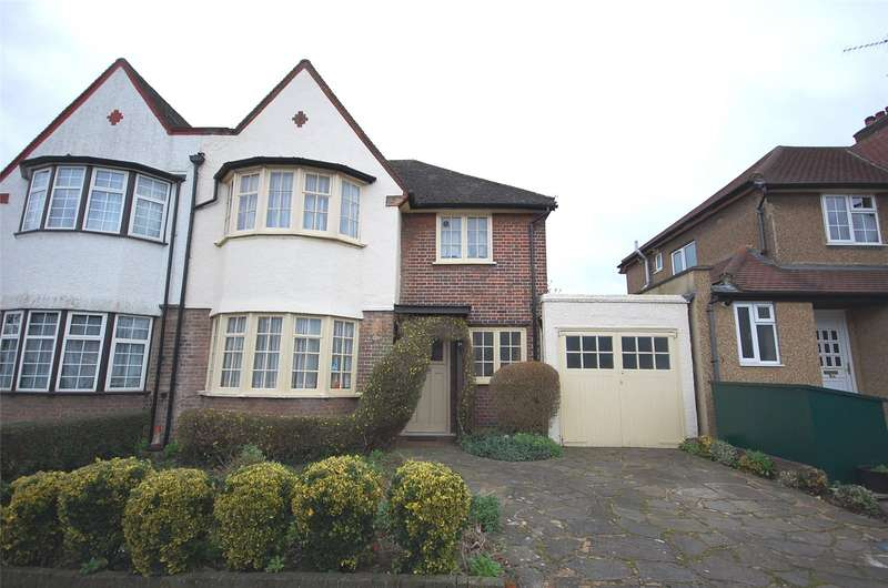 3 Bedrooms Property for sale in Hervey Close, Finchley