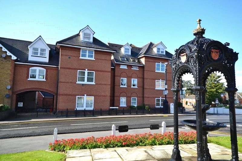 2 Bedrooms Apartment Flat for sale in Bentfield Road