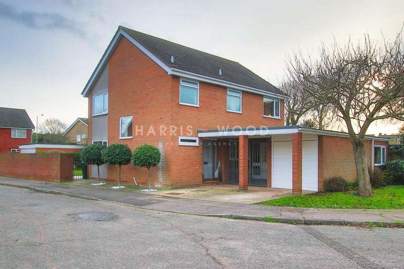 4 Bedrooms Detached House for sale in Redmill, Colchester, CO3