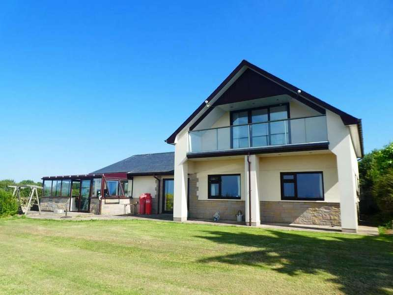 5 Bedrooms Bungalow for sale in Over Looking Cardigan Bay, New Quay, Ceredigion