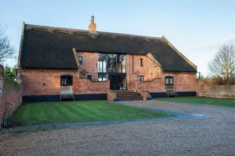 4 Bedrooms Barn Conversion Character Property for sale in Manor Road, Cantley, Norwich, Norfolk, United Kingdom