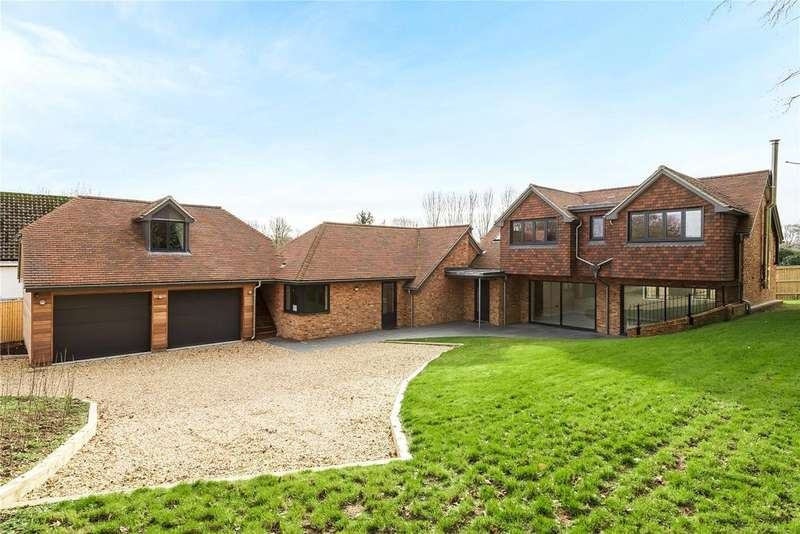 3 Bedrooms Detached House for sale in Main Road, Itchen Abbas, Hampshire, SO21