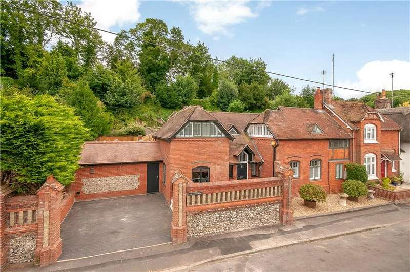 4 Bedrooms Semi Detached House for sale in The Coach House, Old London Road, Stockbridge, Hampshire, SO20