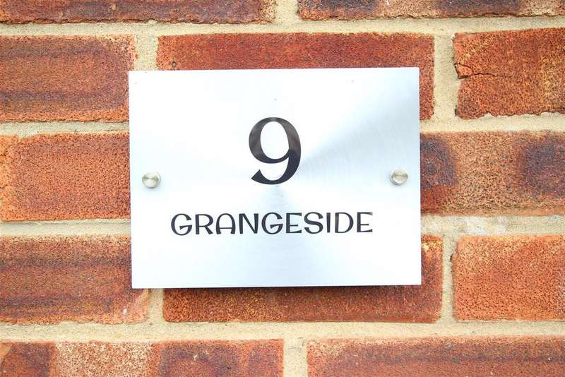 6 Bedrooms Detached Bungalow for sale in Grangeside, Redworth, Newton Aycliffe