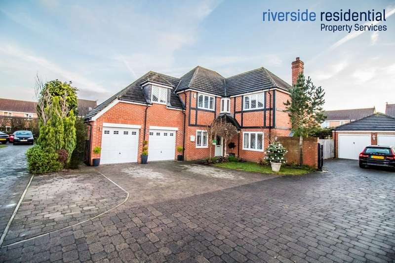 4 Bedrooms Detached House for sale in Weymouth Drive, Shiney Row, Houghton Le Spring, DH4 7TZ
