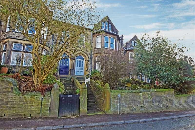 6 Bedrooms Semi Detached House for sale in Birchcliffe Road, Hebden Bridge HX7