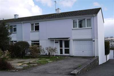 3 Bedrooms House For Rent In Truro