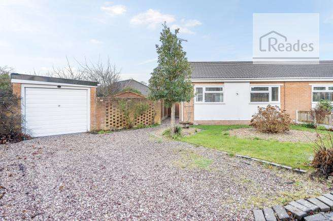 2 Bedrooms Semi Detached Bungalow for sale in Avon Court, Mold CH7 1