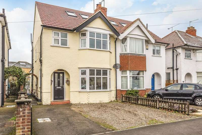 3 Bedrooms House for sale in Vale Road, Windsor, SL4