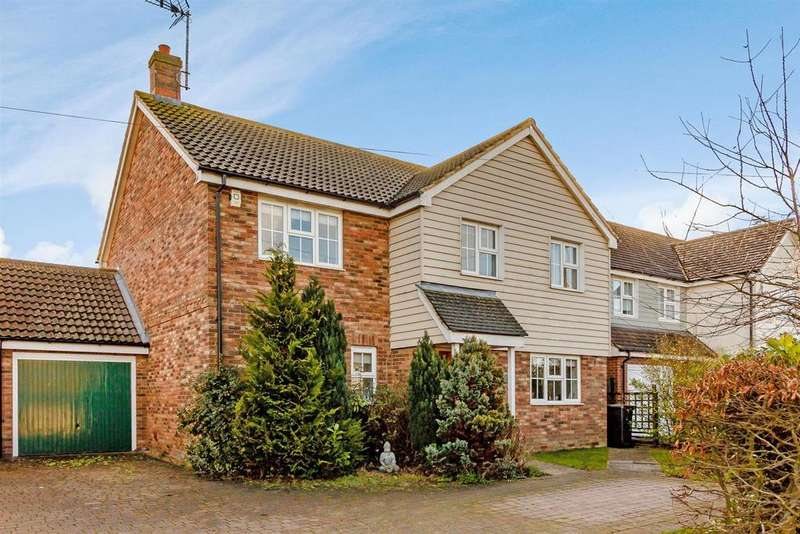 4 Bedrooms Detached House for sale in Loves Green, Highwood, Chelmsford