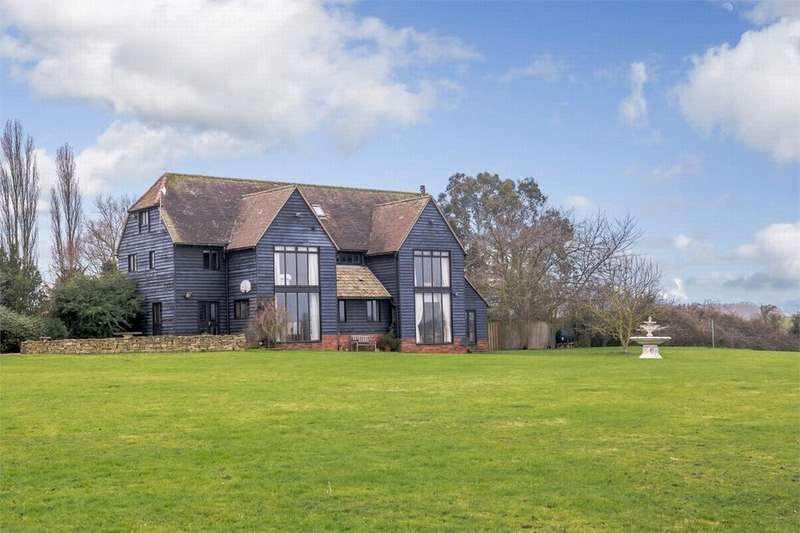 6 Bedrooms Detached House for sale in Brickhouse Road, Colne Engaine, Essex