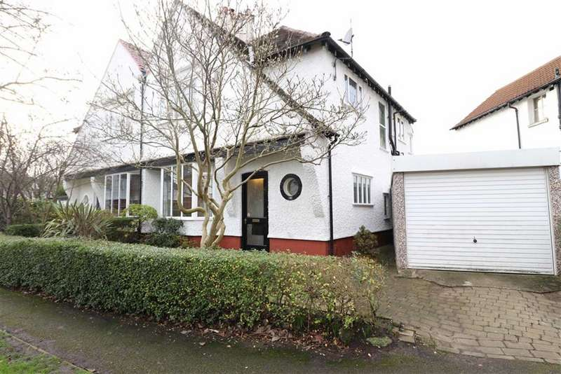 3 Bedrooms Semi Detached House for sale in South Drive, Chorltonville, Manchester, M21