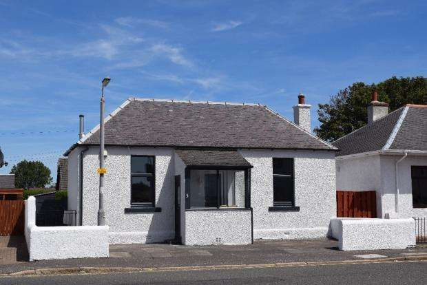 2 Bedrooms Detached Bungalow for sale in Sherwood Road, Prestwick KA9