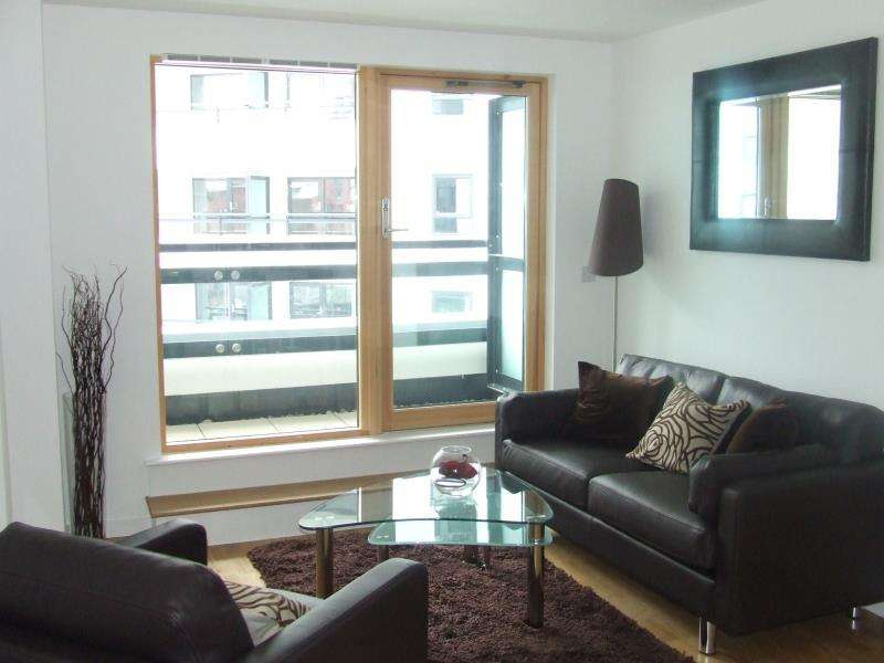 2 Bedrooms Apartment Flat for sale in Gateway East - Ready-rented investment with 10 years rental history