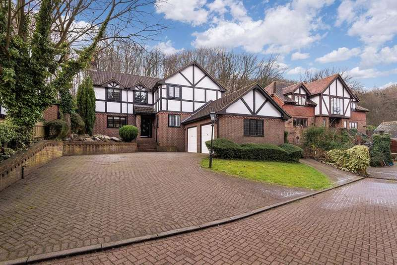 5 Bedrooms Detached House for sale in Boxley Road, Walderslade Woods, Chatham, ME5