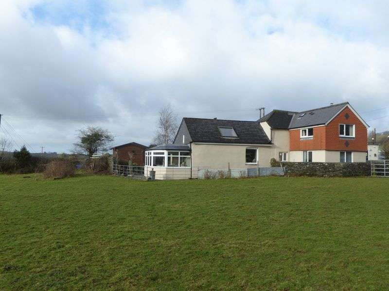 3 Bedrooms Property for sale in Mill Hill, Devon