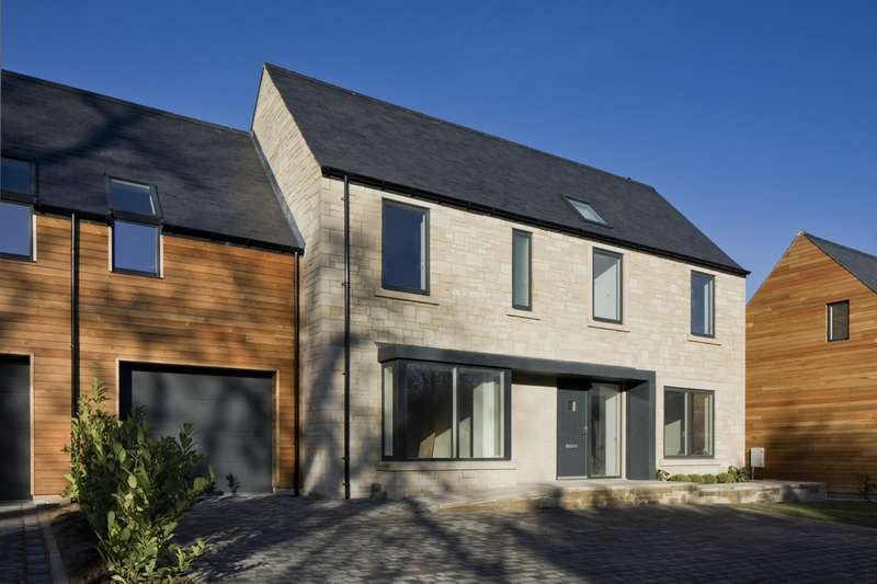 4 Bedrooms Semi Detached House for sale in Chollerford