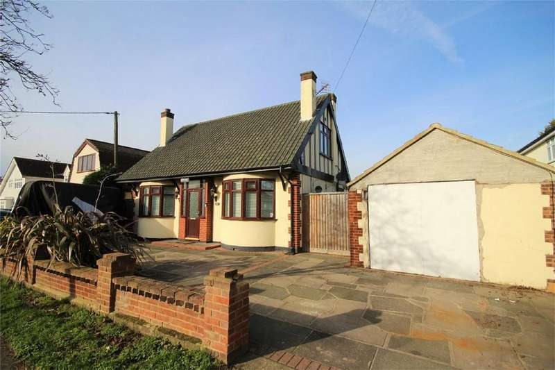 4 Bedrooms Detached House for sale in Parsonage Road, Rainham, Essex