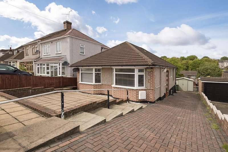2 Bedrooms Bungalow for sale in Redleaf Close, Upper Belvedere, Kent, DA17