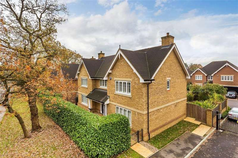 5 Bedrooms Detached House for sale in Camberley, Surrey, GU15