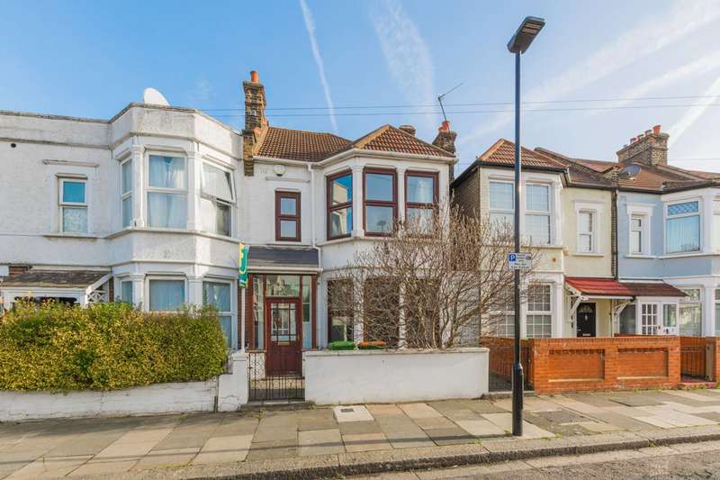 3 Bedrooms Semi Detached House for sale in Geoffrey Gardens, East Ham, E6