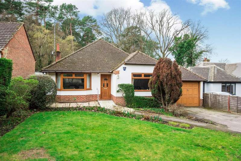 3 Bedrooms Detached Bungalow for sale in Old Wokingham Road, Crowthorne Berkshire RG45 6SS