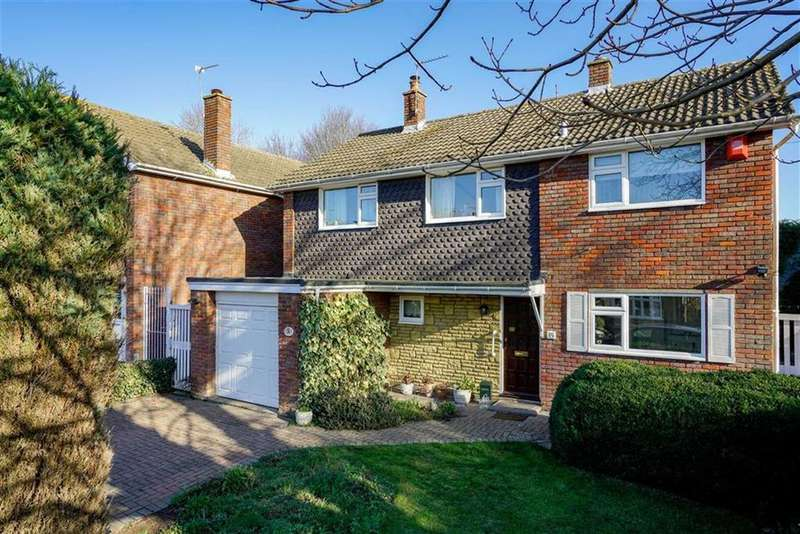4 Bedrooms Detached House for sale in Clarence Road, Harpenden, Hertfordshire