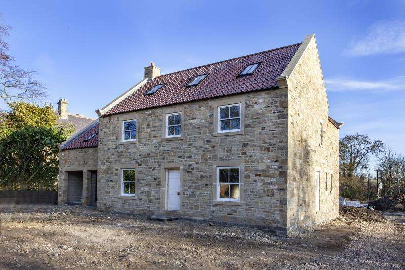 5 Bedrooms Detached House for sale in The Paddock, Whorlton , Barnard Castle , County Durham