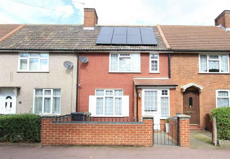4 Bedrooms Terraced House for sale in Maplestead Road, Dagenham, Essex, RM9