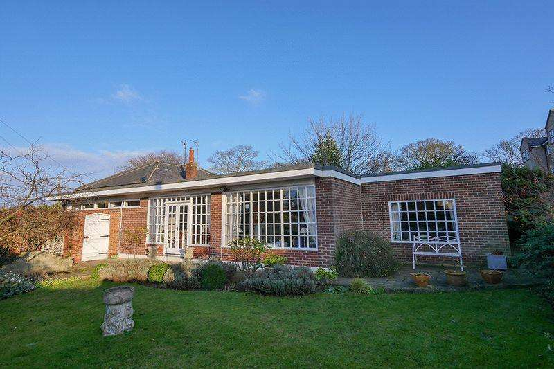 3 Bedrooms Bungalow for sale in The Coach House Dipe Lane, East Boldon