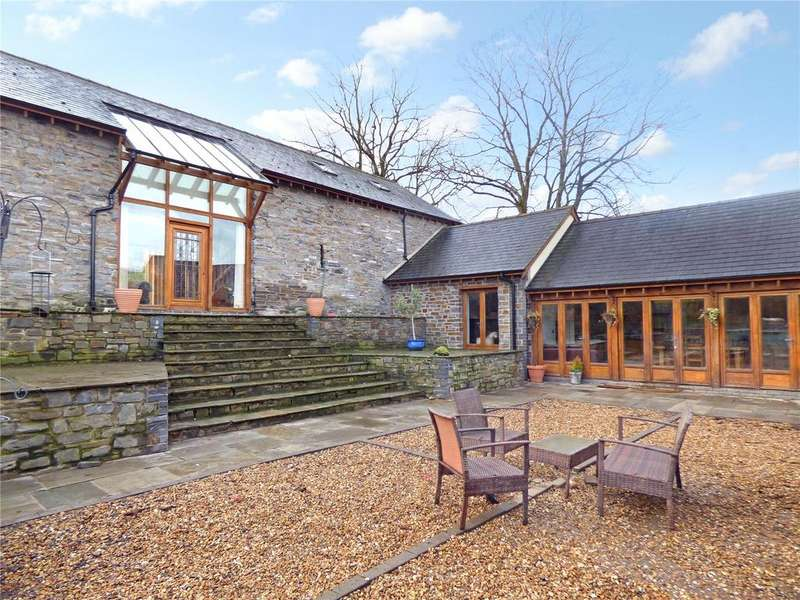 4 Bedrooms Detached House for sale in Oaklands, Builth Wells, Powys