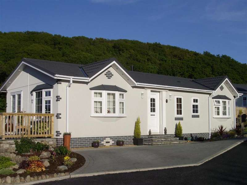 2 Bedrooms House for sale in Pant Mawr Estate, Harlech