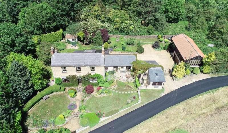 4 Bedrooms Detached House for sale in Piercebridge, Darlington